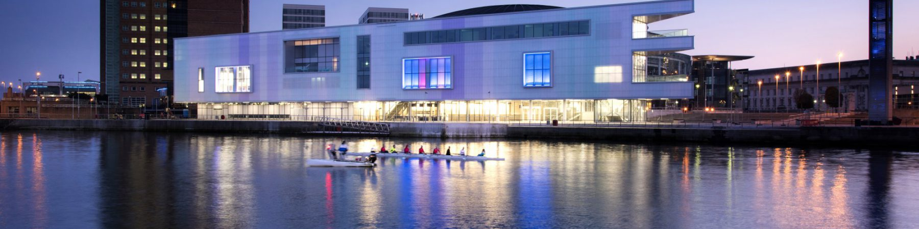 Belfast-Waterfront-rowers